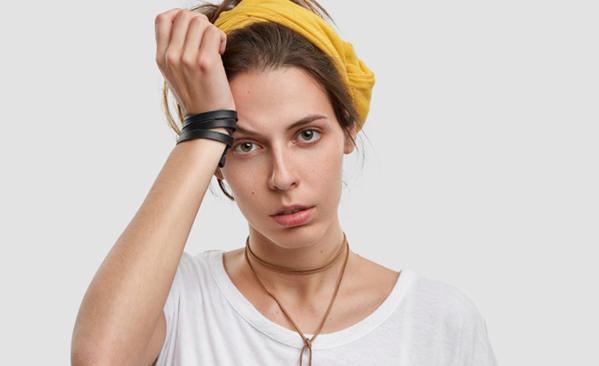 Migraine ophtalmique cause : les facteurs à la base de la maladie